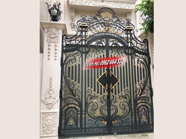 cổng sắt nghệ thuật 4 cánh