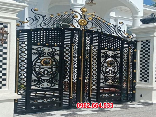 cổng sắt mỹ thuật 2 cánh