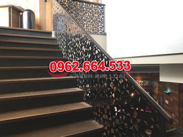 Lan Can Cầu Thang Sắt mỹ Thuật Cắt CNC 006