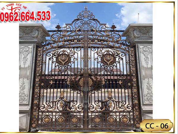 Cửa Sắt Mỹ Thuật – Cửa Cổng Sắt Nghệ Thuật CS135