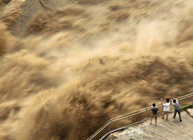 Lũ lụt ở Trung Quốc làm nhiều người chết, liệu có ảnh hưởng tới Việt Nam?