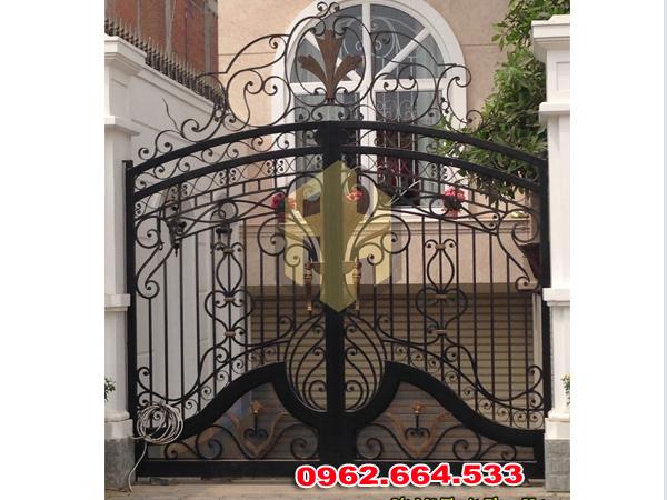 thi công cửa cổng