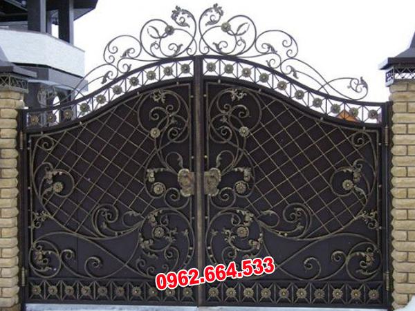 cửa cổng sắt mỹ nghệ
